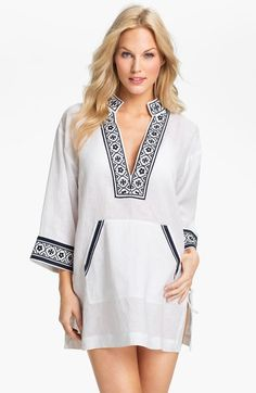 tory-burch-white-navy-linen-tunic-coverup-product-2-5727663-681783654_large_flex (391x600, 79Kb)