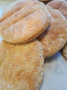 Bakst – Fru Haaland Omelette, Scones, Sandwiches, Berries, Food And Drink, Rolls, Lunch, Baking, Breakfast