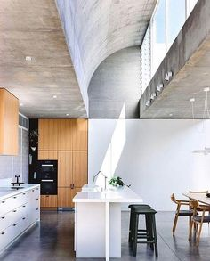 Moving House is a new single residence in the suburban street of Kew. The house was completed by Architects EAT, a Melbourne based . Loft Design, House Design, Loft Plan, Industrial Style Kitchen, Industrial Loft, Vintage Industrial, Urban Decor, Interior Design Awards, Melbourne House