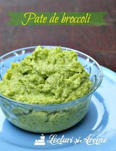 pate de broccoli lecturi si arome Pureed Food Recipes, Raw Vegan Recipes, Veg Recipes, Vegan Foods, Baby Food Recipes, Cooking Recipes, Healthy Recipes, Parmesan Zucchini Chips, Baby Dishes