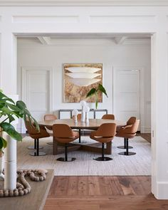 Find the best dining room ideas, & designs to match your style. Browse through images of dining room decor for inspiration to create your perfect home. Elegant Dining Room, Dining Room Design, Dining Room Furniture, Dining Rooms, Bamboo Dining Chairs, Dining Tables, Dining Sets, Small Dining, Round Dining