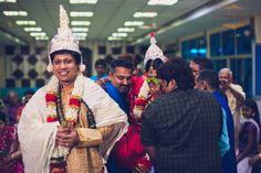 Bengali wedding. Shubho Drishti! Photography by Wedding Memoirs