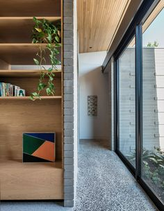 An Architect's Self-Designed Butterfly Home! (The Design Files) Australian Architecture, Australian Homes, Architecture Awards, Architecture Design, Halcyon House, Butterfly Roof, Shelving Design, Country Interior, The Design Files