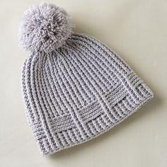 Ravelry: Winterlaced Hat pattern by Yuliya Tkacheva Crochet Stitches, Crochet Hooks, Knit Crochet, Crochet Beanie Hat, Knitted Hats, Slouch Beanie, Baby Patterns, Crochet Patterns, Finger Crochet