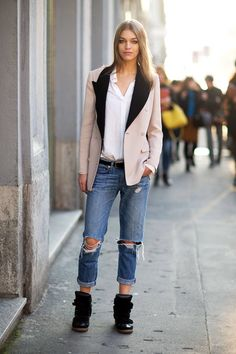 street style from Milan Fashion Week. Well done.