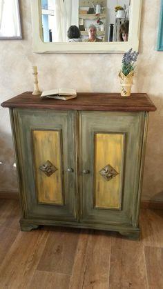 Chest - Annie Sloan Chalk Paint Olive, Chateau Grey and Arlesszíneivel festettem