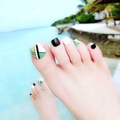 toenails, summer toenails toenail designs for summer, simple pedicures, hot toenails 2019 Cute Toe Nails, Toe Nail Art, Pretty Nails, My Nails, Toenail Art Designs, Pedicure Designs, Feet Nail Design, Summer Toe Nails, Feet Nails