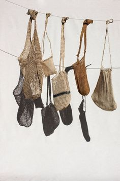 from Columbia sac sisal_colombie-valentina-hoyos Sisal, Fashion Trends 2018, Net Bag, Basket Bag, Knitted Bags, Basket Weaving, Purses And Bags, Knit Crochet, Textiles
