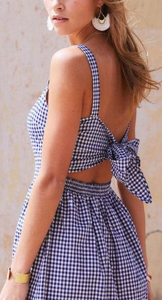 the perfect summer gingham dress