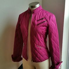 EXPRESS...GORGEOUS ...FUSCHIA COLOR..JACKET. ...EXCELLENT CONDITION ...NWOT ...BRAND NEW ...NO FLAWS ...GORGEOUS  ...2 pic up close. ...true to its color ...fuchsia magenta color ...PLEASE READ...TAG SAYS 8.. EXPRESS  ...BRAND....USUALLY RUNS SMALL ON SIZES ...THEREFORE... BY LOOKING AT IT ...WILL BE .SIZE.SMALL / MEDIUM  ...bronze zipper on front ...DECO ..zipper on front ...zipper .pockets on sides ...zipper DECO on sleeves ...MTRL..SHELL  52% cotton 43%polyester  ...FILLER..100% POLYESTER…