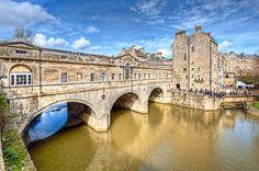 Pultney Bridge, Bath, England  by Gordon Burns  Visit www.exploreuktravel.co.uk for holidays in England