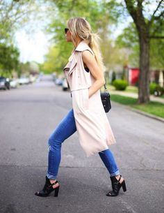 On Trend: Sleeveless Trench | Visual Therapy