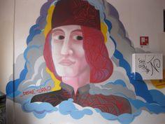Murale dedicato al pittore Cosmè Tura , Ferrara : volto dell'Ostello di corso Biagio Rossetti ; patrocinato dal Comune e dall'Ostello.