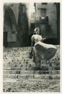 """Photographie """"Argentique."""" Menton, France 1950"""