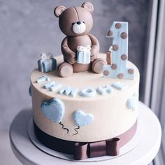 Cake 1 Year Boy, 1 Year Old Birthday Cake, Baby First Birthday Cake, Birthday Cake Girls, Baby Girl Cakes, Cake Baby, Cake Designs For Kids, Beautiful Birthday Cakes, Cake Images
