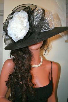 Cappello Derby