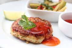 » UKEMENY 1/2017 Seafood Recipes, Dinner Recipes, Cooking Recipes, Salmon Burgers, Cravings, Nom Nom, Side Dishes, Spicy, Food Porn