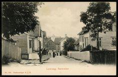 LAXEVAAG. Baneveien med bebyggelse og personer Utg A.J.K. . Postgått 1908, kv. 1.