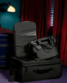 Hartman is raising the bar with its Vera Wang Luggage for Hartman collection!