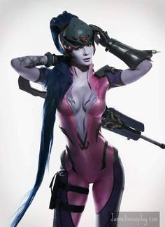 incredible cosplay of Widowmaker, Overwatch