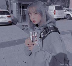 Gray Aesthetic, Korean Aesthetic, Aesthetic Photo, Aesthetic Girl, Ulzzang Korean Girl, Cute Korean Girl, Asian Girl, Uzzlang Girl, Aesthetic People