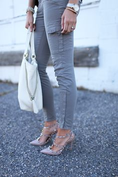 Tumblr, love skinny jeans , and in that color  , wow,