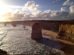 The 12 Apostels  I'm spending five days at the Great Ocean Road with @theartofanywhere and it's awesome!! The nature is so beautiful :) #australia #travel #roadtrip #amazing #backpacker #greatoceanroad #world #trip #adventure #life #autumn #livetheadventure #12apostels by jannesjourney