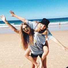 Beach photography friends, your best friend, best friend goals, bff