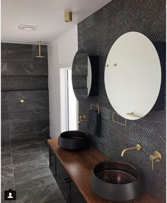 Need tile ideas? These are the 9 types of tiles you'll see everywhere in 2018 according to a trend forecaster - and here's why they're the best ones to invest in. Bathroom Curtains, Bathroom Wall, Modern Bathroom, Small Bathroom, Master Bathroom, Bad Inspiration, Bathroom Inspiration, Washroom Tiles, Wall Tiles