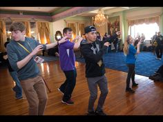 """This is Thriller: Attendees learn dance moves from MLP voice actor Vincent Tong during """"Prancing With the Stars"""" workshop at #PonyconNYC"""