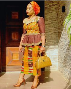 Image may contain: 1 person, standing African Wear, African Attire, African Women, African Dress, African Print Fashion, Africa Fashion, African Prints, Fashion Wear, Fashion Dresses