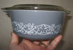 VINTAGE perfect grey gray vine leaf and grape pattern JAJ milk glass pyrex casserole dish with clear lid