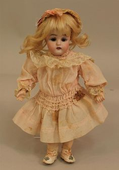 """8 1/2"""" F MADE IN GERMANY 2/0 155 ALL ORIGINAL ANTIQUE BISQUE HEAD DOLL. Brown..."""