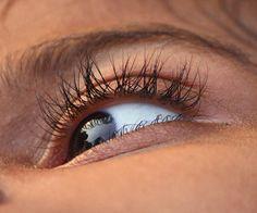 Poprawić wzrok możesz stosując w pełni naturalne metody i to bez względu na wiek. Jeśli nie jest Ci obojętny stan Twojego wzroku koniecznie przeczytaj.  #rytmynatury #poprawićwzrok #wzrok #zdrowe #oczy