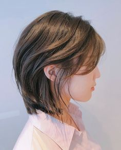 Short Hair With Layers, Layered Hair, Short Hair Cuts, Mullet Hairstyle, My Hairstyle, Korean Short Hairstyle, Hairstyles, Asian Short Hair, Girl Short Hair