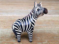 Tiny zebra Handmade miniature polymer clay por AnimalitoClay
