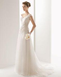 fb99a7797e56  6519  116   UNIS by Two by Rosa Clará Elegant Wedding Gowns