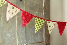 LOVE the colors of this playful bunting!
