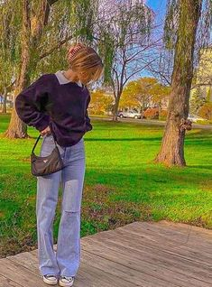 Indie Outfits, Adrette Outfits, Skater Girl Outfits, Skater Girls, Teen Fashion Outfits, Retro Outfits, Cute Casual Outfits, Vintage Outfits, Vacation Outfits