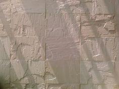 [빛과 벽/light and wall/光墙]벽을 타고 빛이 내려왔다.  몇줄 선을 그은 뒤 산란하여 눈으로 들어온다. 오늘은 따뜻한 사람을 만나고 싶다.. www.kiss7.kr