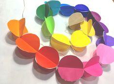 パーティーの飾り付けに。おしゃれガーランドの手作りアイデアとおすすめグッズ | Anny アニー