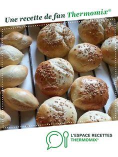Pains Hamburgers et hot-dog Mini Hot Dogs, Hamburgers, Mc Do, Baguette, Ramadan, Bread, Fan, Pastries, Drinks