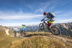 HIGH SIERRA - MTB Freeride Mountain Bike, Freeride Mtb, Mountain Bike Trails, Cycling Bikes, Cycling Outfit, Custom Bikes, Cool Photos, Places To Go, Sport Outdoor