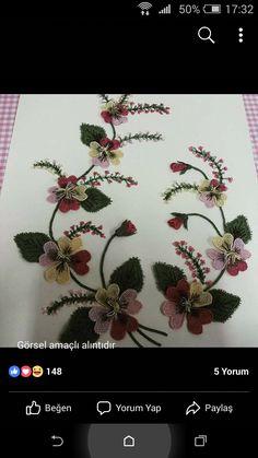 Flower Vases, Flowers, Flower Decorations, House Plants, Elsa, Christmas Wreaths, Boho, Living Room, Wallpaper