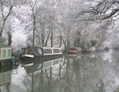 calm, quiet and frosty morning Narrowboat Holidays, Vintage Boats, Boat Interior, Canal Boat, Floating House, Dream City, Boat Design, Water Tower, English Countryside