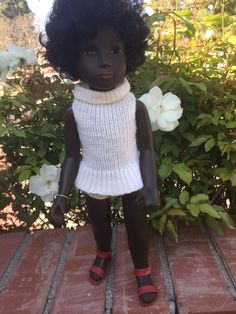 This is an exceptionally beautiful #4-109 Cora doll! She is an stunning example of this early 1970's doll. Her face is gorgeous with bright cherry red full lips, and smooth dark skin color with bright brown eyes. | eBay!