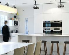 Minimalist Corian Kitchen 2