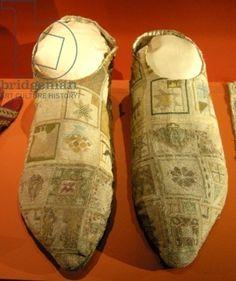 Le pantofole di Bishop (seta), Scuola Francese, (14 ° secolo) / Bertrand Comminges Cattedrale de Saint, Haute-Garonne, Francia / Bridgeman Immagini Parole chiave