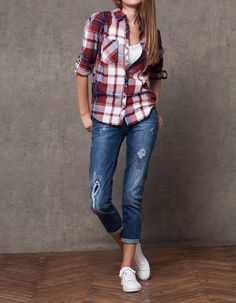 161 Best Ripped Jeans Look images  deeb051534ab8
