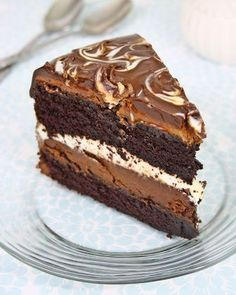 Tuxedo Cake Costco Style With 2 Layers Of Chocolate Ganache Cream The Best I Ve Ever Had